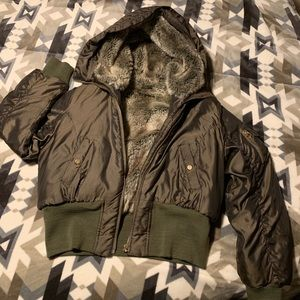 🔥 💚Baby Phat army green fur bomber 💣